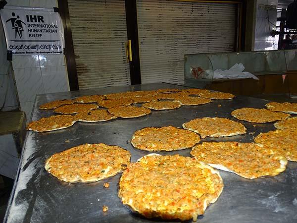 توزيع وجبات غذائية (ادلب)Home